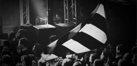 """Republika feat. Tymon Tymański & Piotr Rogucki & Jacek """"Budyń"""" Szymkiewicz – koncert pamięci Grzegorza Ciechowskiego – klub Od Nowa Toruń – 14 grudzień 2013 r."""